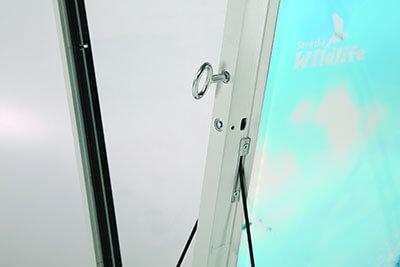 Kundenstopper Windpro LED Rahmen abschliessbar