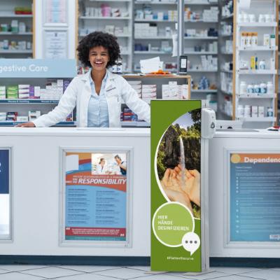 Infostele mit Desinfektionsspender Apotheke